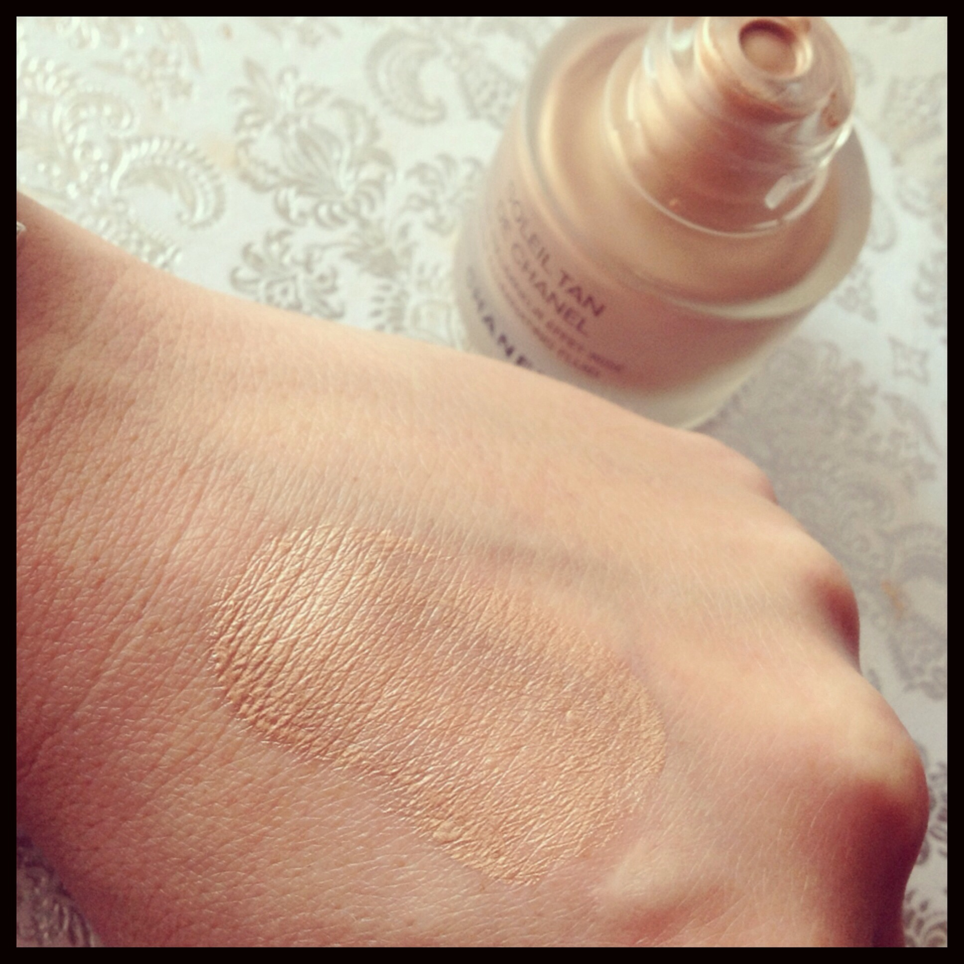 Soleil Tan De Chanel Bronzing Makeup Base by Chanel #21