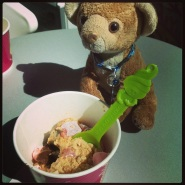 Menchies with Simba!