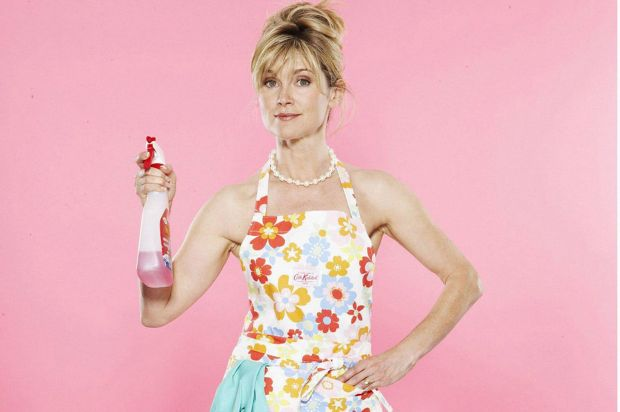 Anthea-Turner-The-Perfect-Housewife