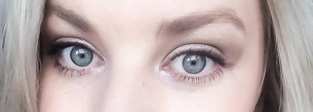 Eye Reviver