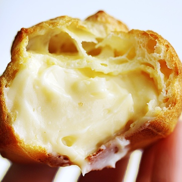 mousseline-cream-french-pastry-cream2