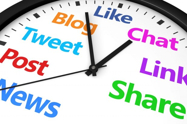 save-time-6-ways-to-spend-less-of-it-on-social-media-87237373-1024x682